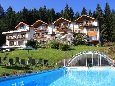 Chalet Villa Rosa in the hotelgarden, Gartenhotel Rosenhof near Kitzbuehel