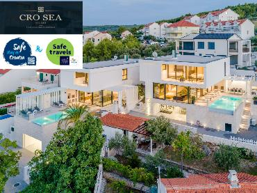 Luxury Villa Complex Vitae and Pax with pool